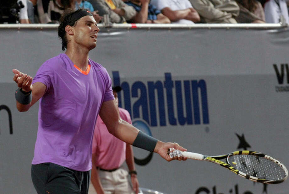 Spain's Rafael Nadal reacts during the VTR Open final tennis game against Argentina's Horacio Zeballos in Vina del Mar, Chile, Sunday, Feb. 10, 2013. Nadal lost to Zeballos 6-7 (2), 7-6 (6), 6-4 in Sunday's final of the VTR Open, the Spaniard's comeback tournament after seven months out with a torn tendon in his left knee. (AP Photo/Luis Hidalgo) / AP