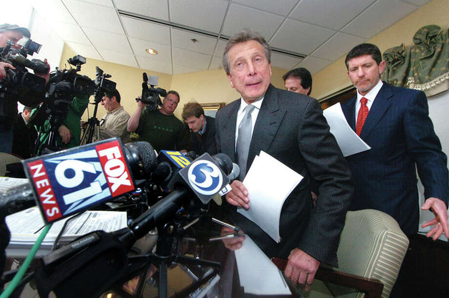 Photo/Alex von Kleydorff. Attorney Charles Willinger Jr. prepares to speak at a press conference representing The family of Charla Nash, who in 2009 was mauled by a 200-pound chimp in Stamford. / 2009 The Hour newspapers