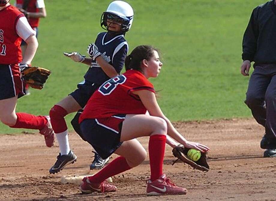 Girls softball Thursday, Staples Crissy McCarthy Brien McMahon Sam Bardos. hour photo/matthew vinci