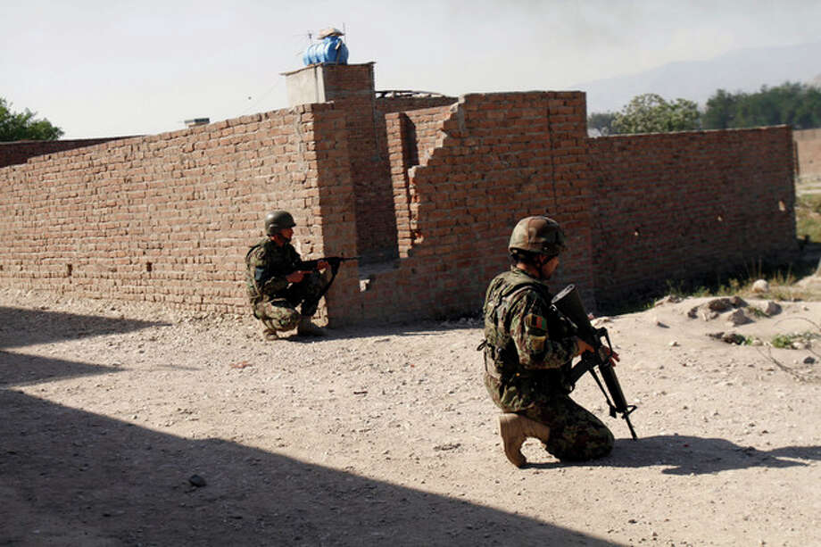 Taliban attack Afghan capital, 3 other cities / AP