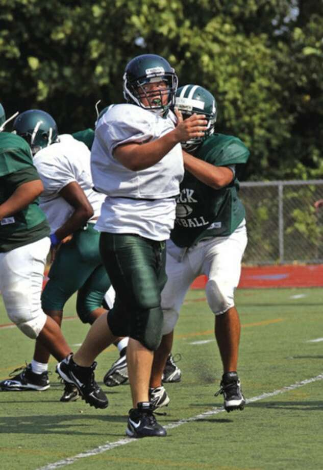 Two scrimmages Saturday reveal strengths, work areas for Norwalk, McMahon, New Canaan