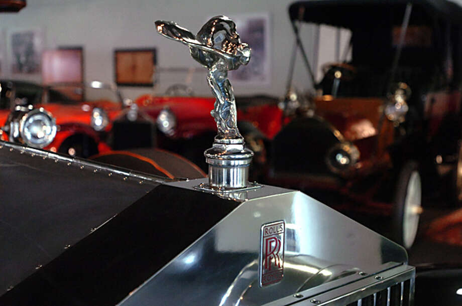 1926 Rolls Royce Silver Ghost. The Dragone Classic Car Auction is being held May 15th. Hour photo / Erik Trautmann / (C)2011, The Hour Newspapers, all rights reserved