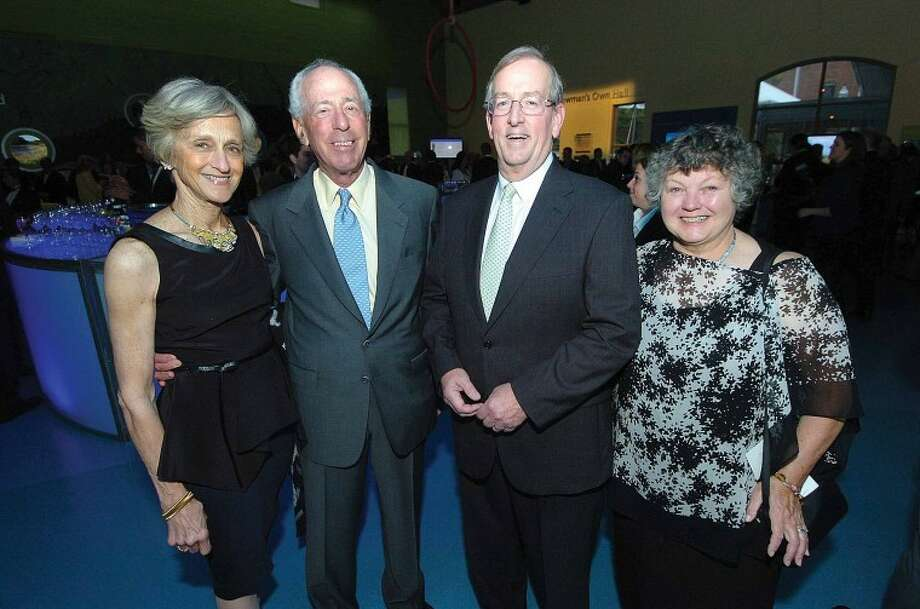 Hour Photo/ Alex von Kleydorff. 2012 Red Apple Honorees l-r Wendy and Richard Hokin and Sanders and Ann Davies