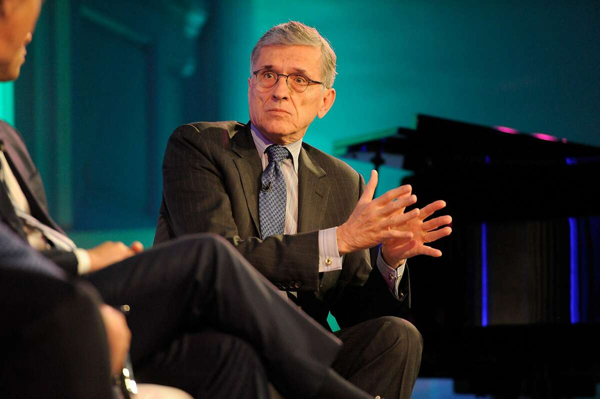 NEW YORK, NY - MAY 03: Chairman of the U.S. Federal Communications Commission Tom Wheeler speaks onstage at the 2016 Common Sense Media Awards on May 3, 2016 in New York City. (Photo by Matthew Eisman/Getty Images for Common Sense Media)
