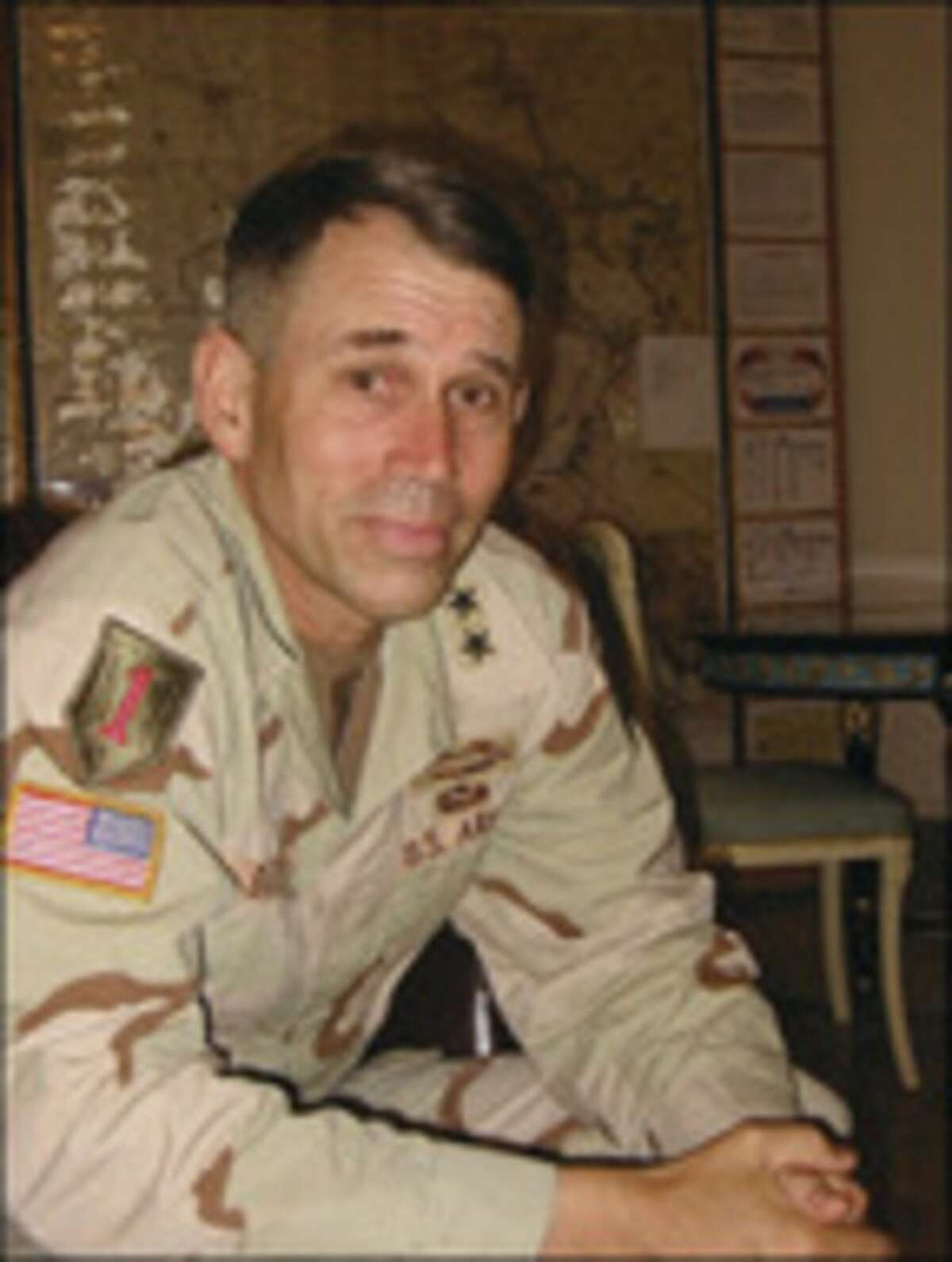 FO/TIKRIT 7/15/04 by Doug Struck/twp - Portrait- Major General John R. S. Batiste, commander of the First Infantry Division, believes his troops are having success in Tikrit by combining tough approach with