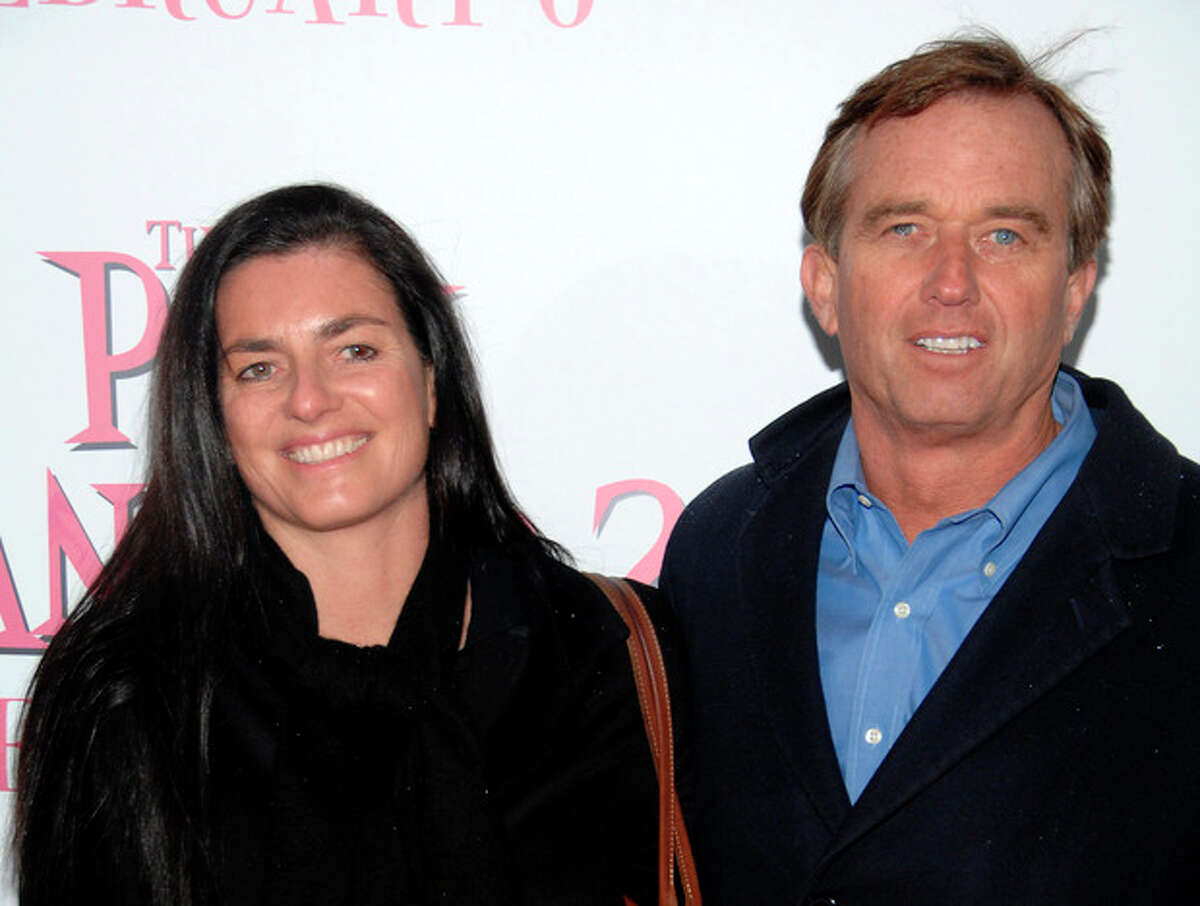 """FILE - In this Feb. 3, 2009 file photo, Robert F. Kennedy Jr., right, and wife Mary Richardson Kennedy arrive at the premiere of """"The Pink Panther 2"""" at the Ziegfeld Theatre in New York. An attorney on Wednesday, May 16, 2012 said Mary Kennedy has been found dead on Robert F. Kennedy Jr.'s property in Bedford, N.Y. (AP Photo/Peter Kramer, File)"""