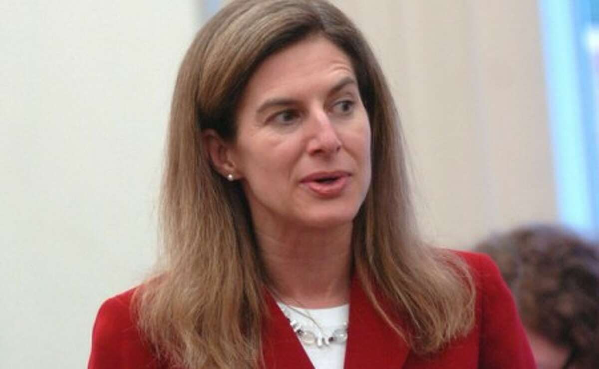 Former Secretary of State Susan Bysiewicz