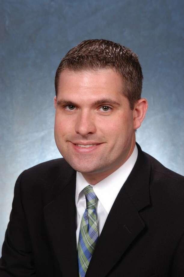 Democrat councilman to run for Norwalk Town Clerk