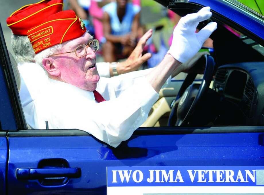 Iowo Jima veteran from World War II Robert Lanehart Monday at the Norwalk Memorial Day Parade. hour photo/Matthew Vinci
