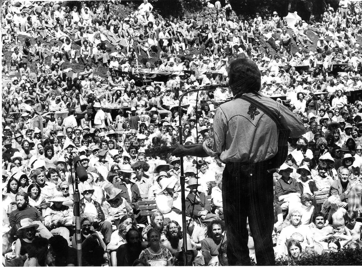 Bodie Wagner singd to the crowd at the concert at Sigmund Stern Grove. Photo ran 08/15/1977, P. 23