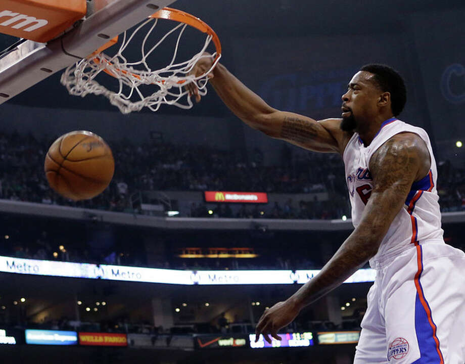 Los Angeles Clippers center DeAndre Jordan (6) dunks against the New York Knicks in the first half of an NBA basketball game in Los Angeles Sunday, March 17, 2013. (AP Photo/Reed Saxon) / AP