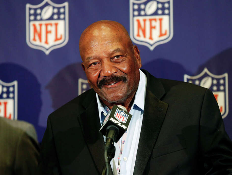 Former Cleveland Brown Hall of Famer Jim Brown speaks during an NFL football news conference at the Arizona Biltmore, Monday, March 18, 2013, in Phoenix. They announced the NFL has agreed to pay $42 million as part of a settlement with a group of retired players who challenged the league over using their names and images without their consent. (AP Photo/Matt York) / AP