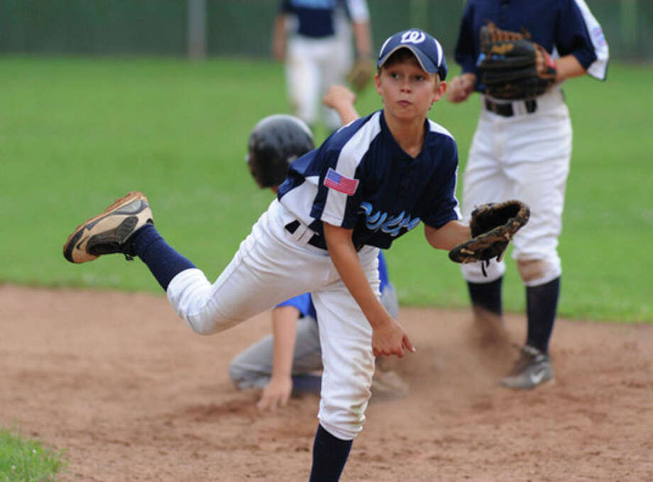 Wilton 11s clinch Section 1 title game appearance