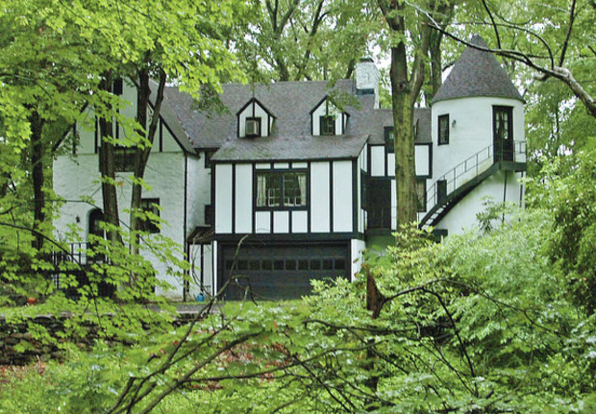Hour photo / Erik Trautmann A tudor home at 14 Charcoal Hill Road that is set to be demolished.