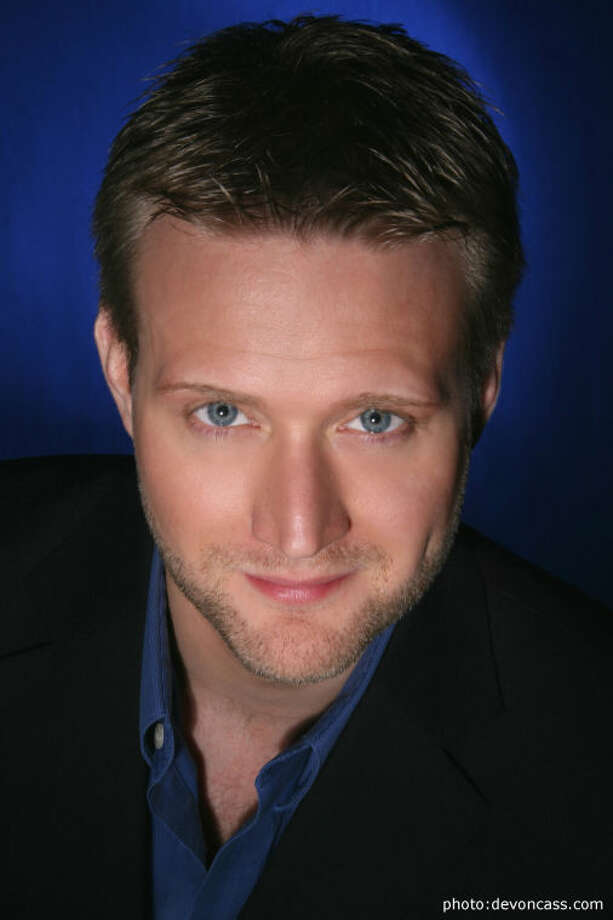 Baritone Keith Harris will be a featured soloist at the Connecticut Choral Society's INSPIRE! concerts in May.