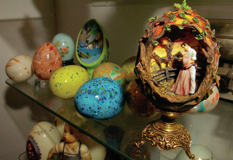 An egg depicting a scene from Gone with the Wind is part of Lawrence Waterbury's collection. / (C)2011, The Hour Newspapers, all rights reserved