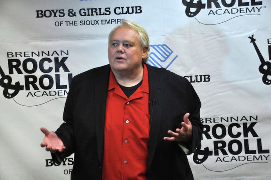 "Comedian Louie Anderson, shown in this photo taken Wednesday, March, 27, 2013 in Sioux Falls, S.D., was able to skip practice from the celebrity diving show ""Splash"" to do a benefit stand-up show for the Brennan Rock & Roll Academy. (AP Photo/Dirk Lammers) / AP"