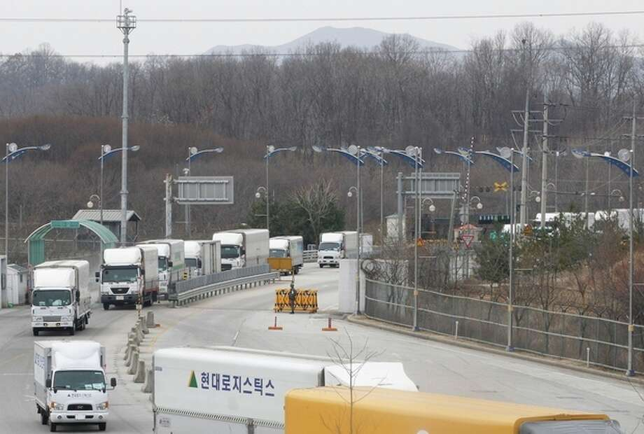 Ap photoSouth Korean vehicles return from a joint industrial complex of North Korean city of Kaesong at the customs, immigration and quarantine office, near the Demilitarized Zone (DMZ) of Panmunjom in Paju, north of Seoul, South Korea, Thursday, March 28. / AP