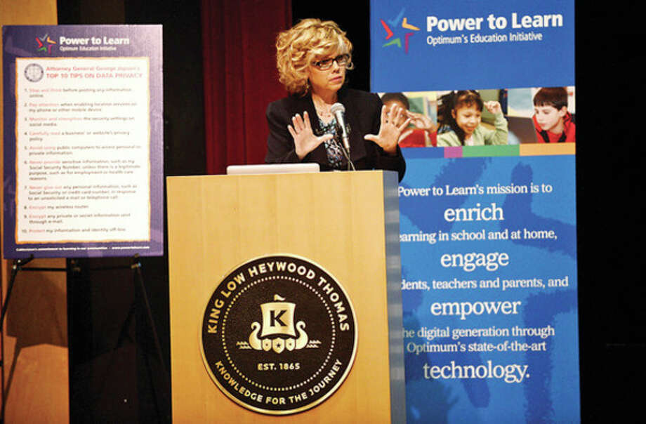 """Cablevision spokes person Leandra Reilly speaks at King Low Heywood Thomas School on """"Internet Safety"""" as part of Optimum's Power to Learn Internet Smarts program Wednesday monrning.Hour photo / Erik Trautmann / (C)2013, The Hour Newspapers, all rights reserved"""