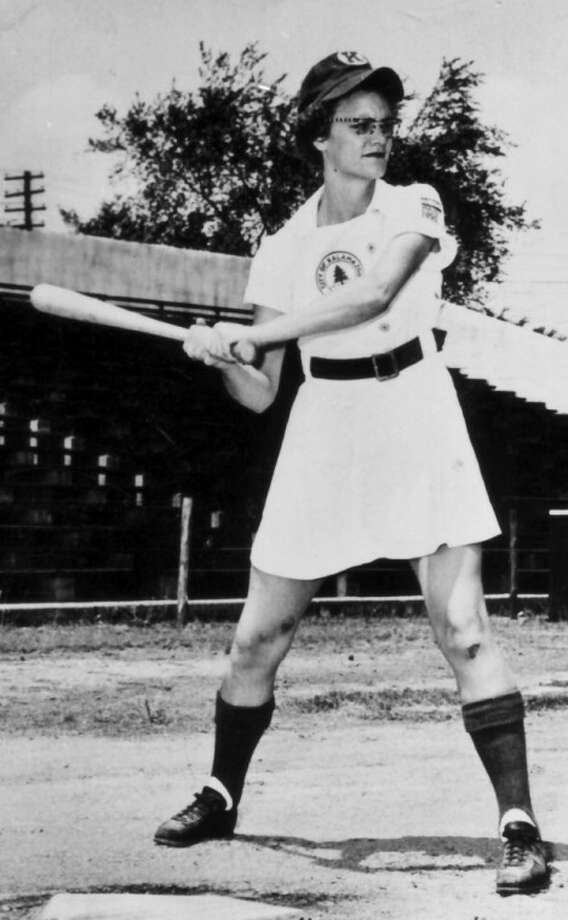 """This undated photo taken circa 1950-1953 shows Doris Sams, a leading player in the All-American Girls Base Ball League, during her playing days with the Kalamazoo Lassies. Sams, a fast-pitch player from Knoxville who helped inspire the movie """"A League of Their Own,"""" has died at the age of 85. (AP Photo/The Knoxville News Sentinel)"""