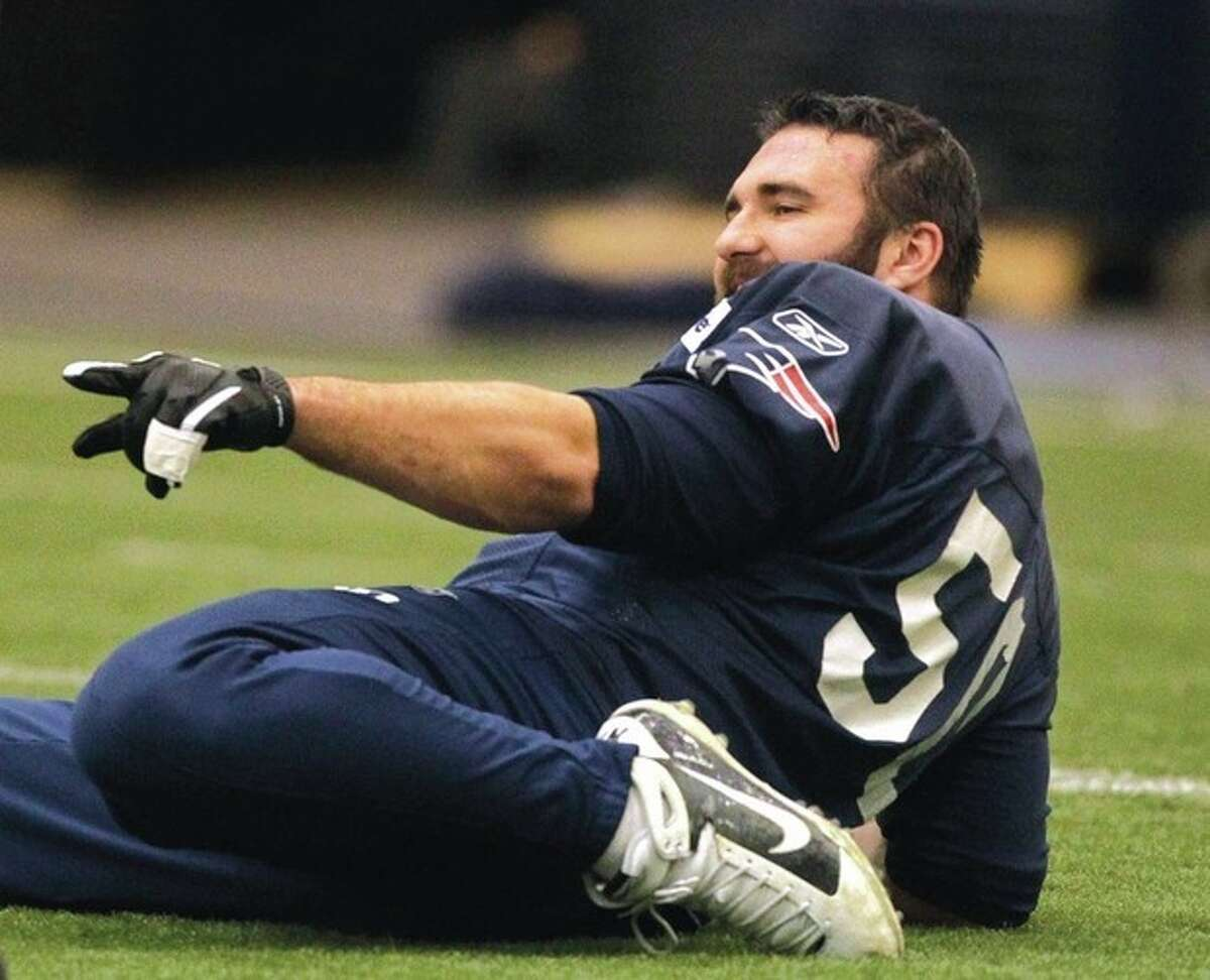 AP photo New England Patriots linebacker Rob Ninkovich stretches during Wednesday's practice in Foxborough, Mass. Ninkovich says he doesn't care that some people believe the Pats' 11-3 record is deceiving because of the amount of yardage the team gives up on the defensive side of the ball.