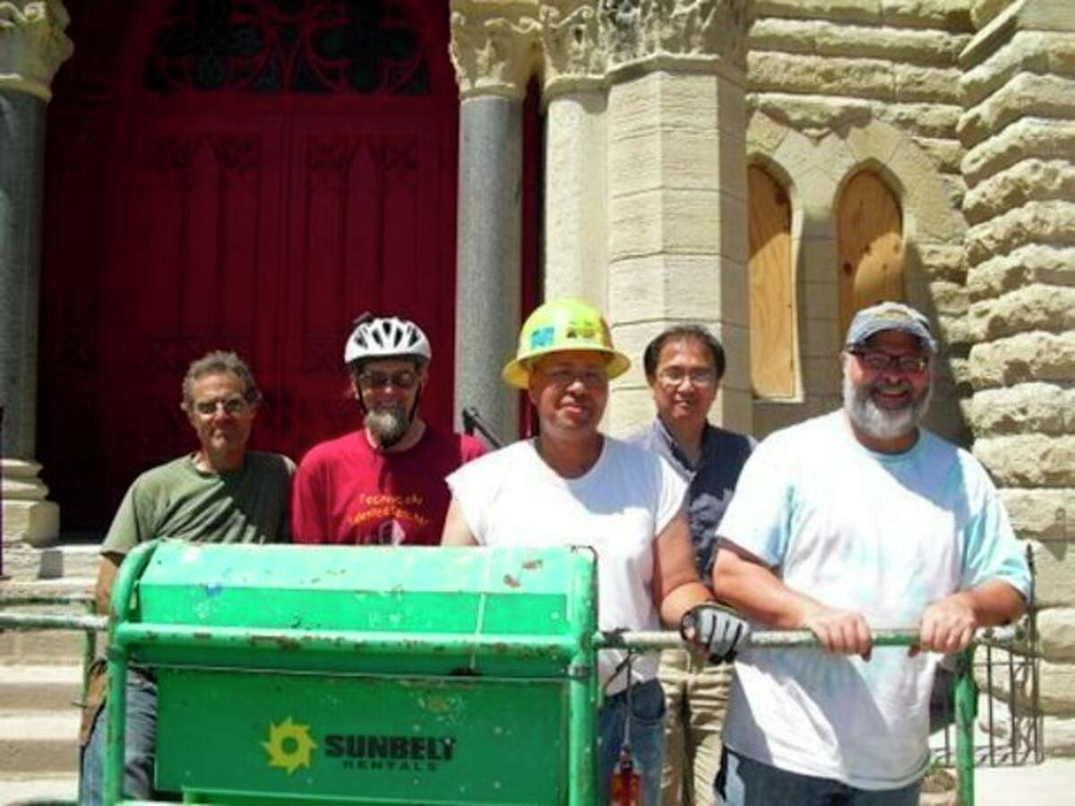 Westport native's gift breathes new life into Chicago church