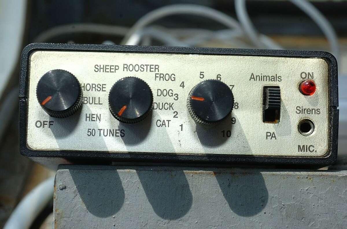 Hour Photo/ Alex von Kleydorff. Tunes or animal sounds over the loudspeaker on the I Scream Ice Cream truck in Westport.