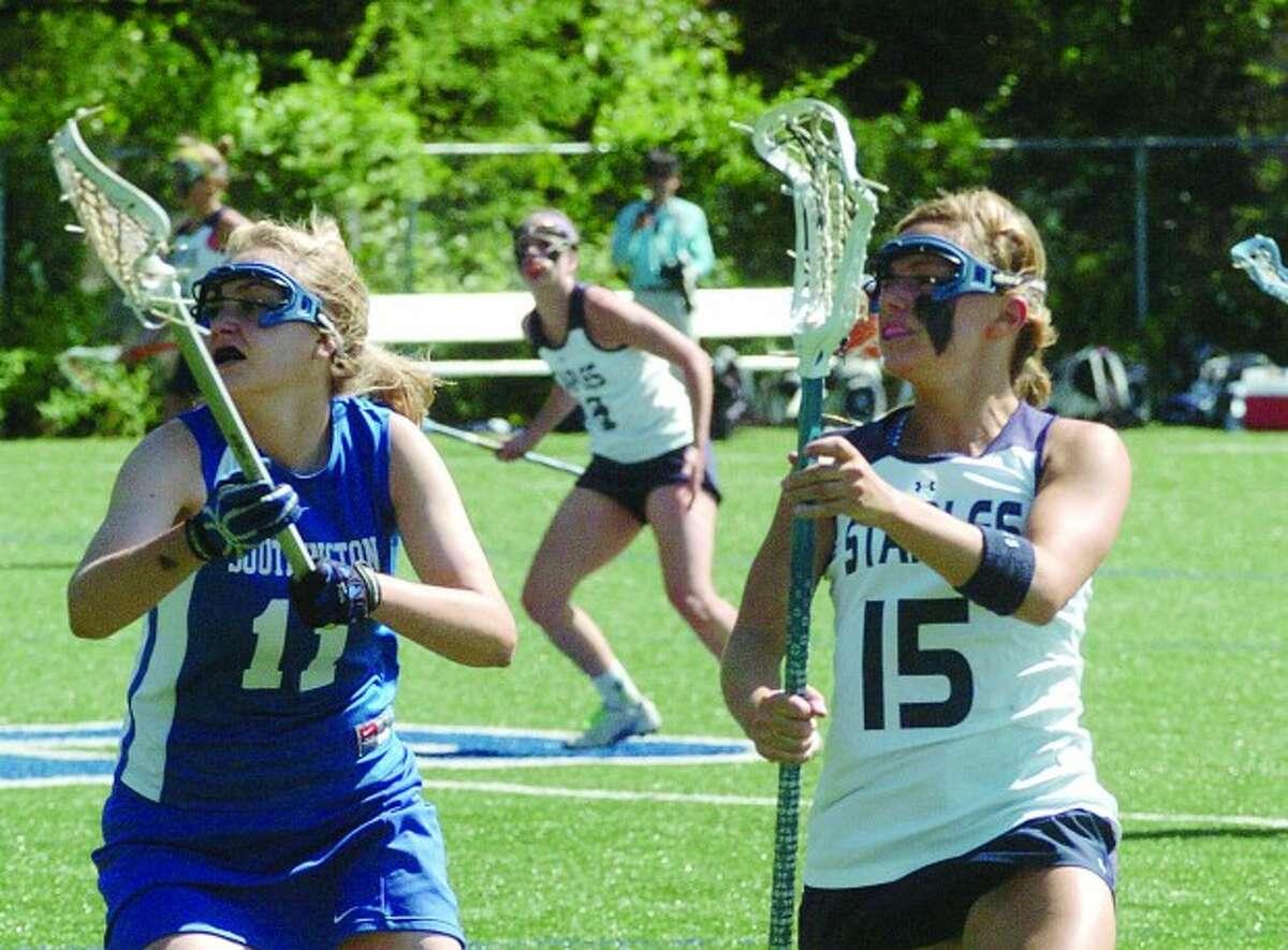 Staples Molly O''Shea vs. Southington. hour photo/matthew vinci