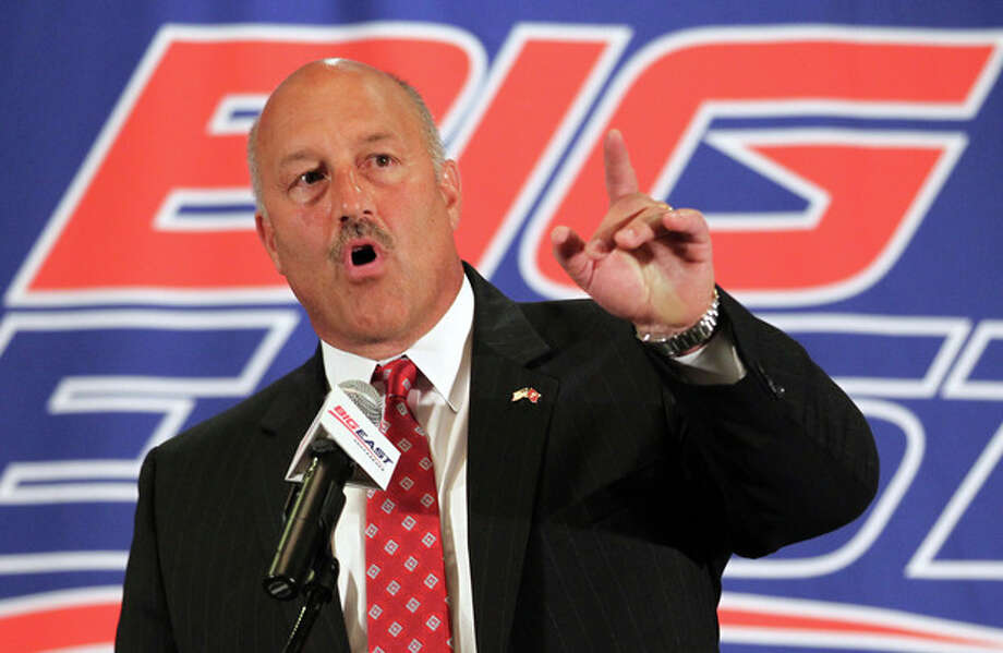Temple head football coach Steve Addazio speaks with the media during the Big East Conference NCAA college football media day, Tuesday, July 31, 2012, Newport, R.I. (AP Photo/Stew Milne) / FR56276 AP