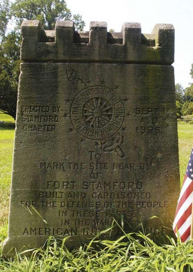 A 1926 dedication monumnet at Fort Stamford Park.