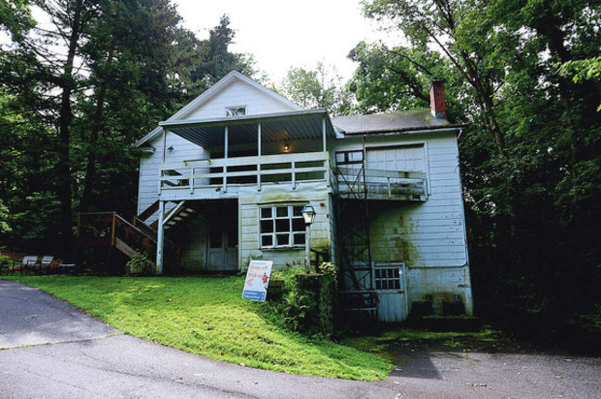 The Connecticut Friends School plans to renovate the White Barn theater at their Norwalk campus. Hour / Erik Trautmann