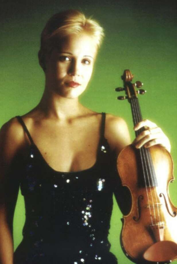 @White=[C] Violin virtuoso Leila Josefowicz will be in Wilton Feb. 12 for an afternoon of music by Schumann, Stravinsky and Messiaen.