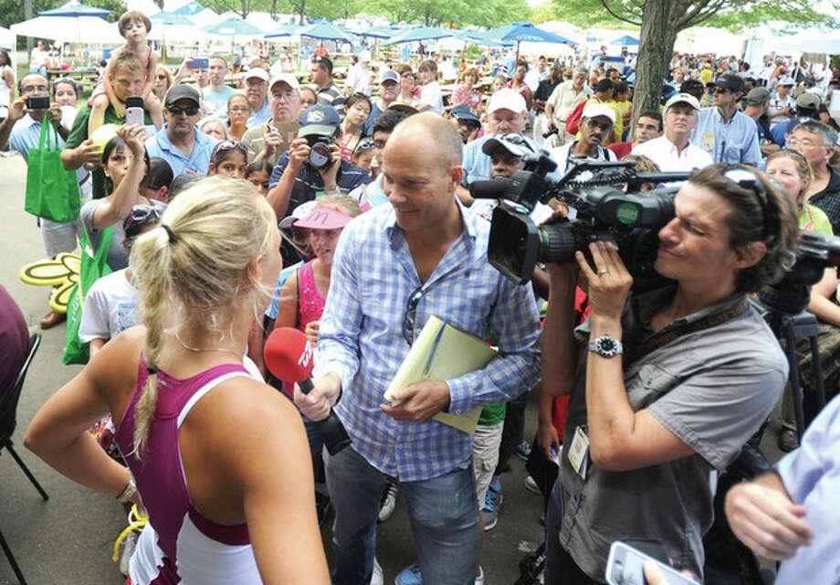 John Nash Column --Who is the real Caroline Wozniacki?