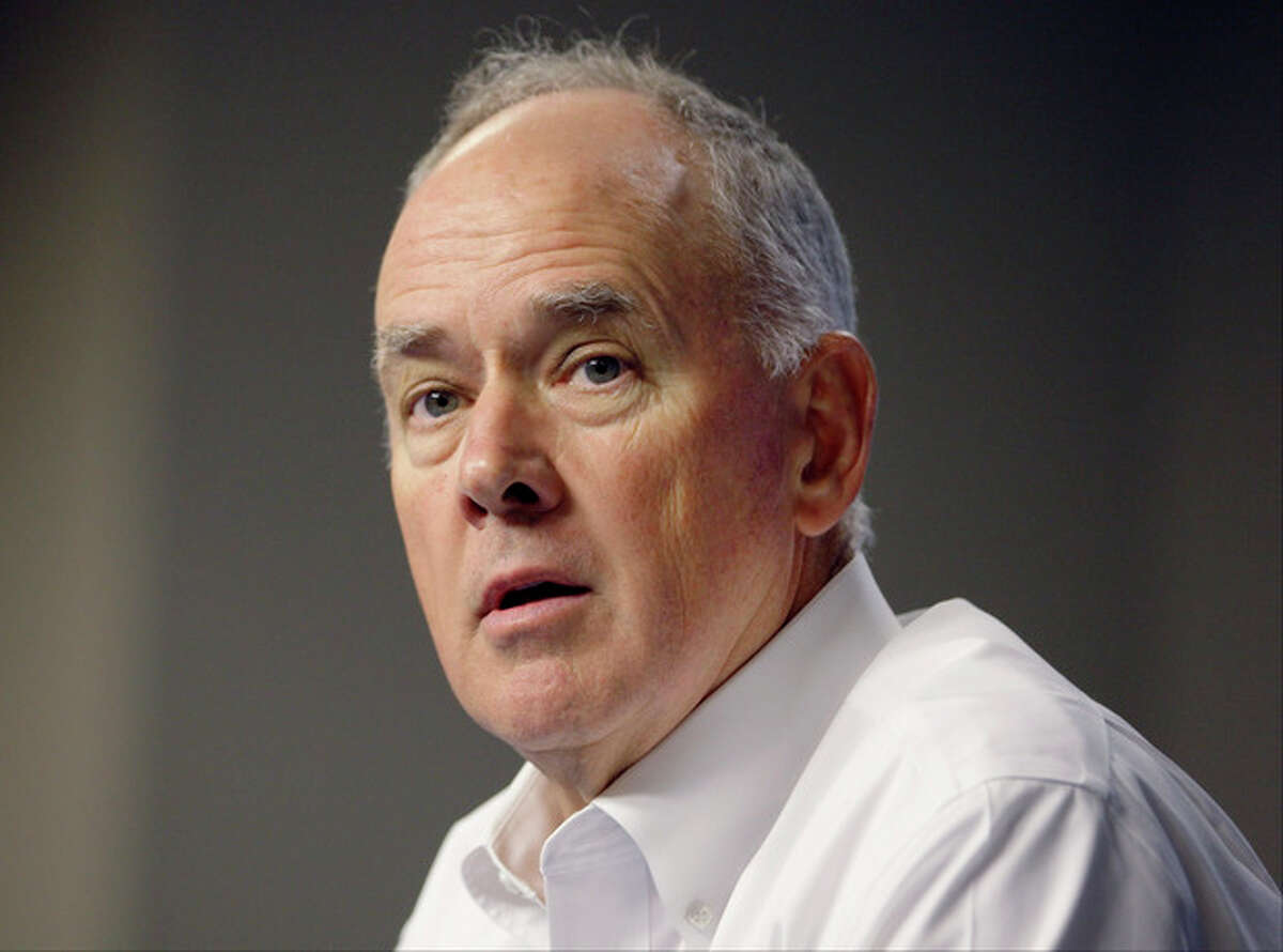 New York Mets general manager Sandy Alderson speaks about pitcher Johan Santana during a news conference Wednesday, Aug. 22, 2012, in New York. Santana is headed to the disabled list and not expected to pitch again this season. Alderson said Wednesday that the left-hander was going on the 15-day DL with inflammation in his lower back. (AP Photo/Frank Franklin II)