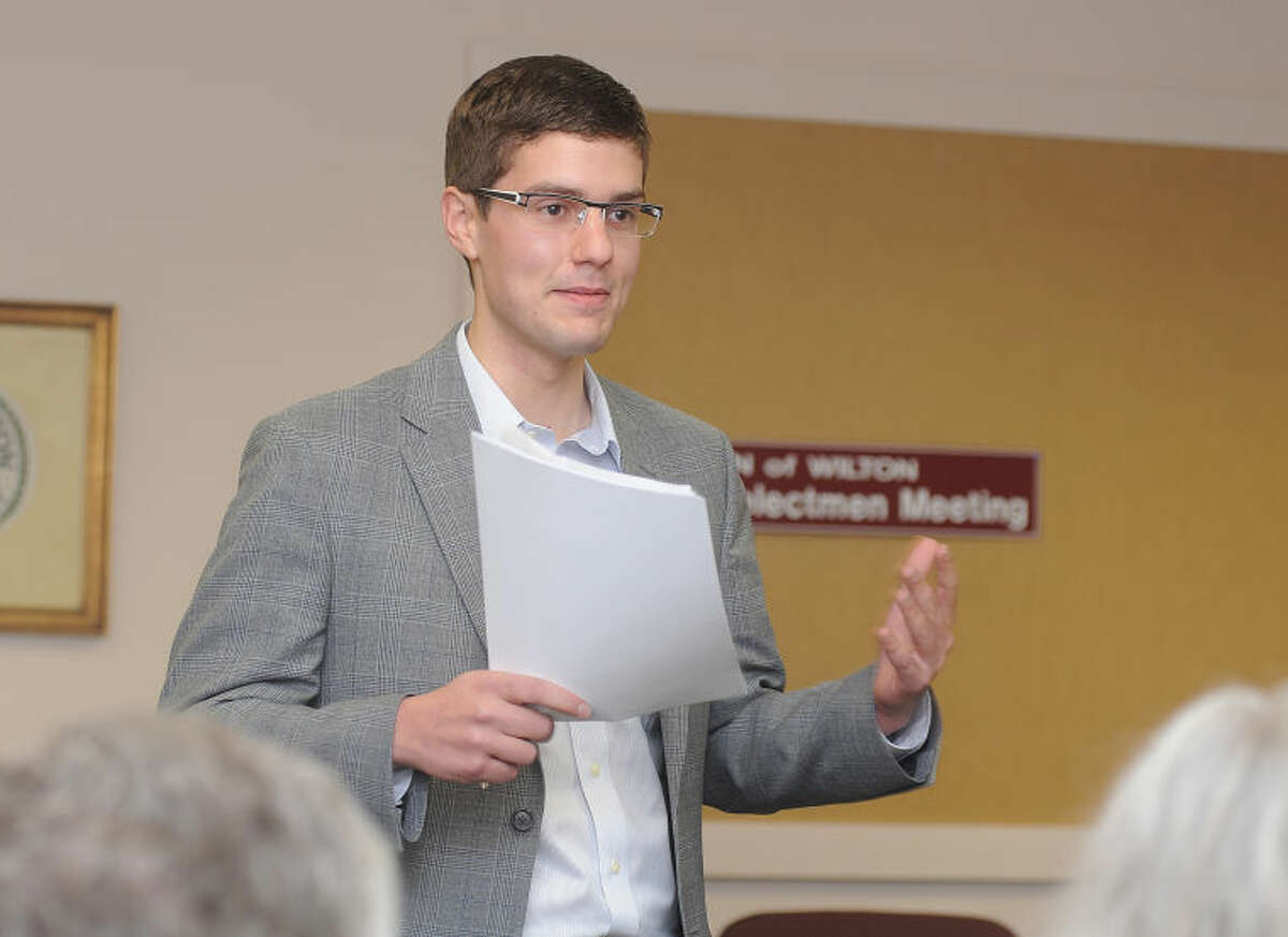 The Wilton Democratic Town Committee elected Thomas C. Dec as its new chairman on Tuesday at Town Hall. A 2013 graduate of Yale University, Dec, 21, is the youngest member to be elected chairman in DTChistory.