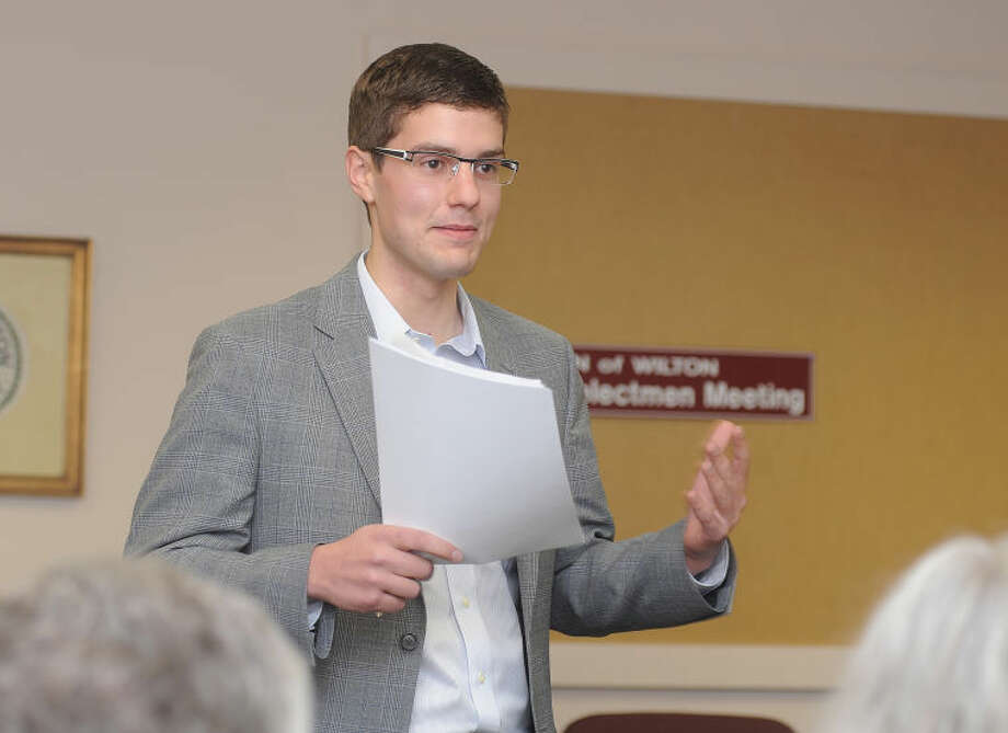 The Wilton Democratic Town Committee elected Thomas C. Dec as its new chairman on Tuesday at Town Hall. A 2013 graduate of Yale University, Dec, 21, is the youngest member to be elected chairman in DTC history.