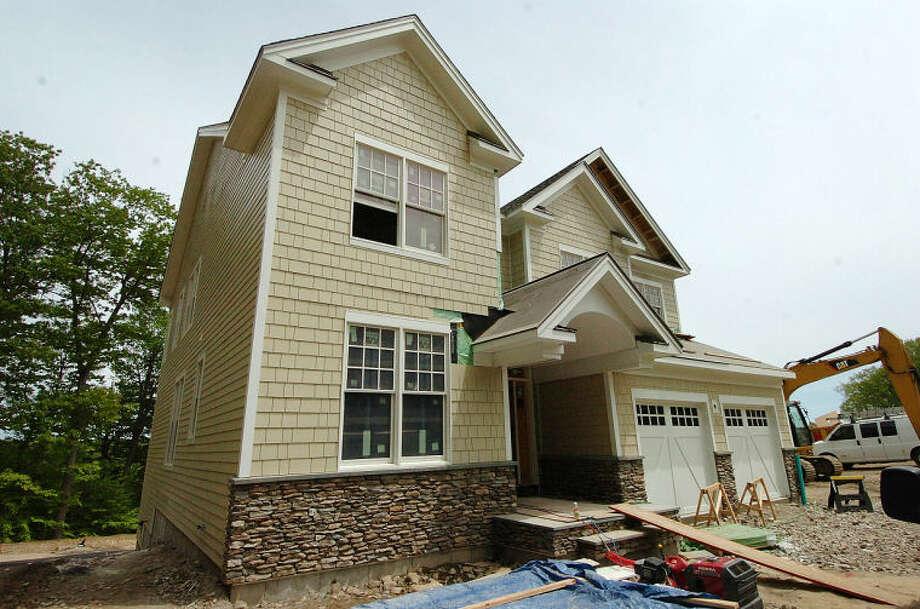 Hour Photo/Alex von Kleydorff New Home bring built at River Ridge in Wilton