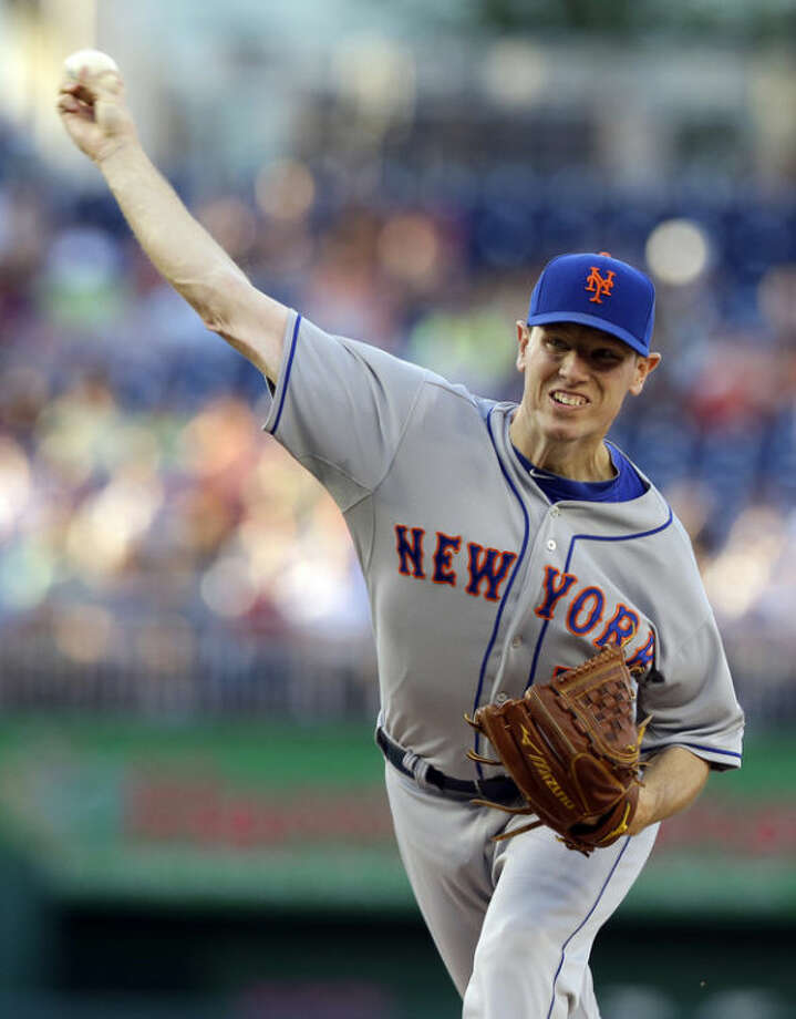 New York Mets starting pitcher Jeremy Hefner throws during the first inning of a baseball game against the Washington Nationals at Nationals Park Tuesday, June 4, 2013, in Washington. (AP Photo/Alex Brandon)