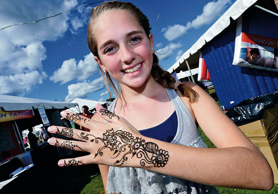 The 35th annual Oyster Festival at Veteran's Memorial Park Sunday. Hour photo / Erik Trautmann / (C)2012, The Hour Newspapers, all rights reserved
