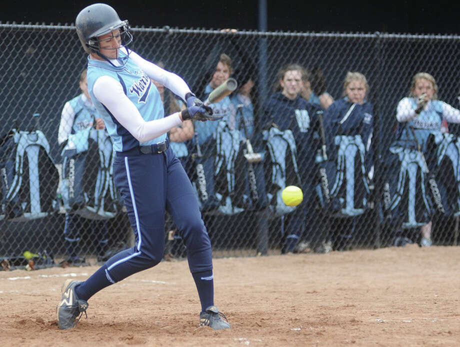 Wilton #10 Dani Miskinis scores the first run against Norwalk. hour photo/Matthew Vinci