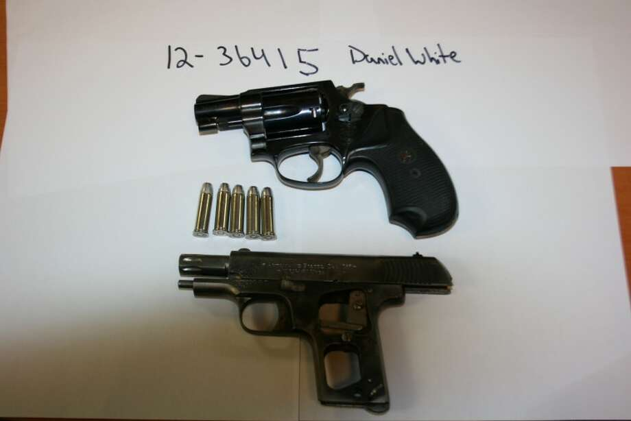 guns 006.jpg