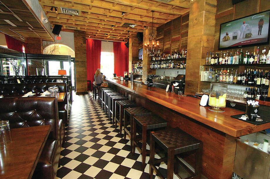 Hour Photo/ Alex von Kleydorff. Portofino Restaurant in Wilton. / 2012 The Hour Newspapers