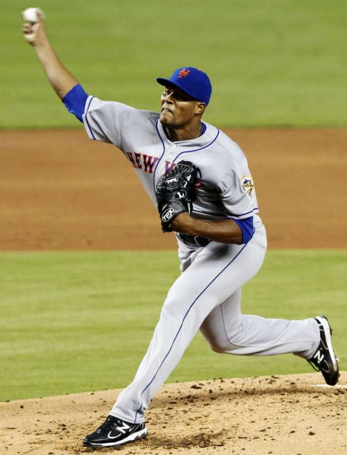 New York Mets' Jeurys Familia pitches to the Miami Marlins in the second inning of a baseball game in Miami, Monday, Oct. 1, 2012. (AP Photo/Alan Diaz)