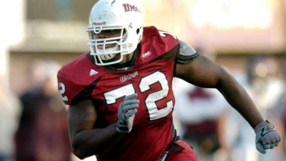 University of Massachusetts Minutemen former Stamford High School standout lineman Vladimir Ducasse has blossomed into the play off team's starting left tackle. Photo: File Photo / Stamford Advocate File Photo