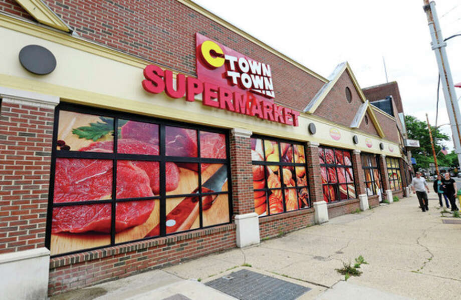 C Town Supermarket is opening on Washington St where Compare Foods closed after only several months of operation.Hour photo / Erik Trautmann / (C)2013, The Hour Newspapers, all rights reserved