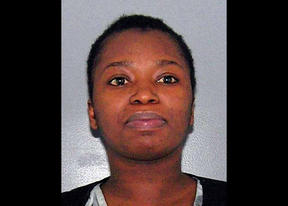 This Feb. 7, 2013 booking photo provided by the Hamilton County (Ohio) Sheriffs office shows Precious Allen. Testimony Thursday, Aug. 22, 2013, in the trial of Allen, accused of helping her teenage daughter beat up a fellow student at a high school, included the alleged victim admitting that she pursued the woman's daughter to continue the fight and two teenage witnesses contradicting previous statements about what happened. (AP Photo/Hamilton County Sheriff) / Hamilton County Sheriff's office