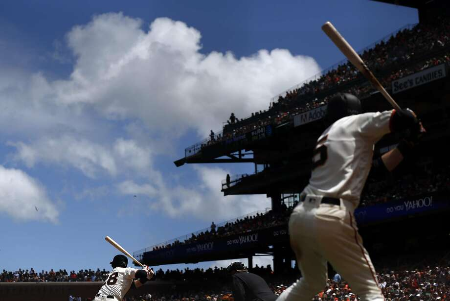 San Francisco Giants' Buster Posey bats in 6th inning against Milwaukee Brewers during MLB game at AT&T Park in San Francisco, Calif., on Wednesday, June 15, 2016. Photo: Scott Strazzante, The Chronicle