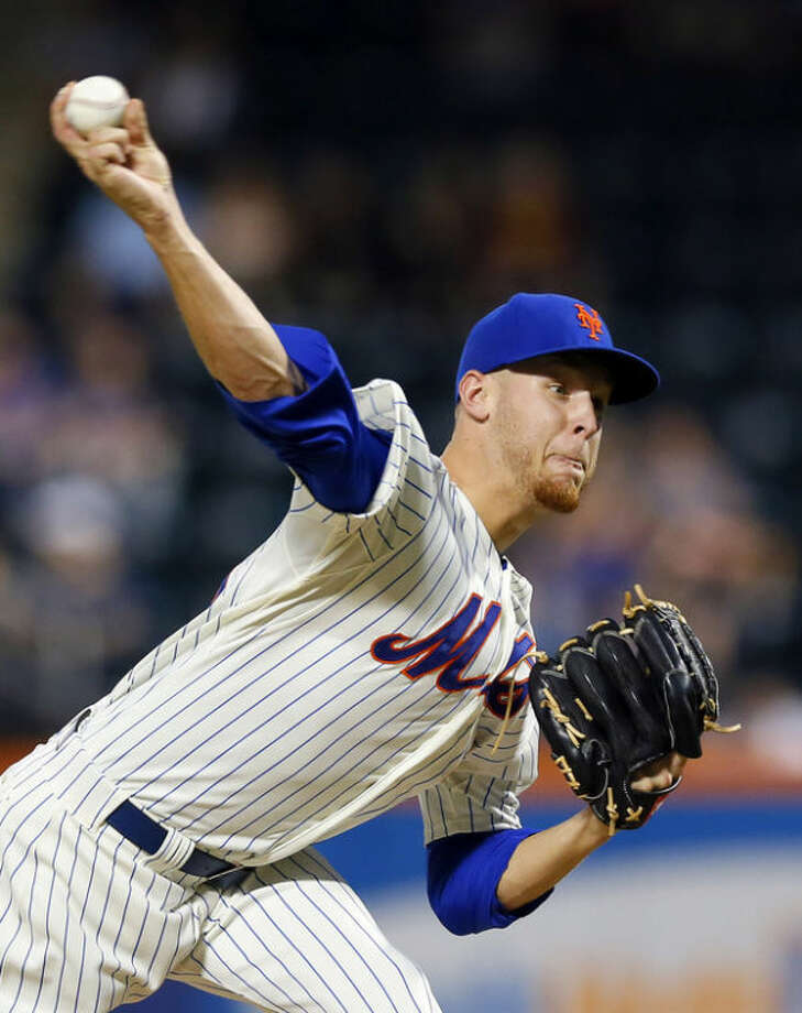 New York Mets starting pitcher Zack Wheeler throws in the second inning of a baseball game against the Philadelphia Phillies at Citi Field in New York, Monday, Aug. 26, 2013. (AP Photo/Paul J. Bereswill)