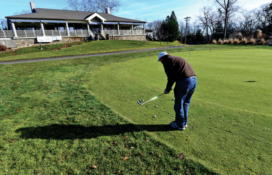 Hour photo / Erik TrautmannThe Terrace Grille at Oak Hills has closed its door except for special events and will close entirely Dec. 31. The operator, RM Staffing, is tied toa Rye Golf Club manager who is under investigation. / (C)2012, The Hour Newspapers, all rights reserved