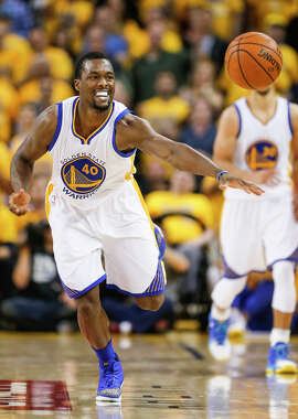 Harrison Barnes chases a loose ball during Game 7 of the Western Conference finals against Oklahoma City.